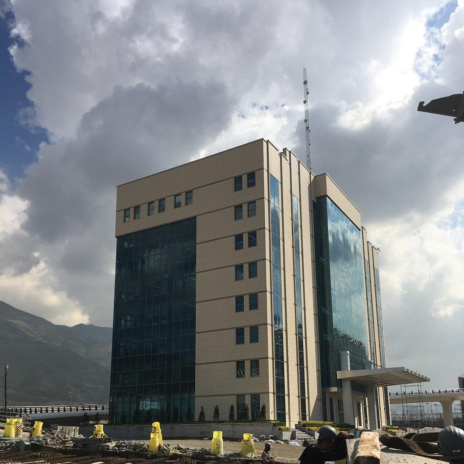 دسترسی با طناب آرس پروژه ایران مال